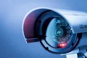 התקנה של מצלמת אבטחה