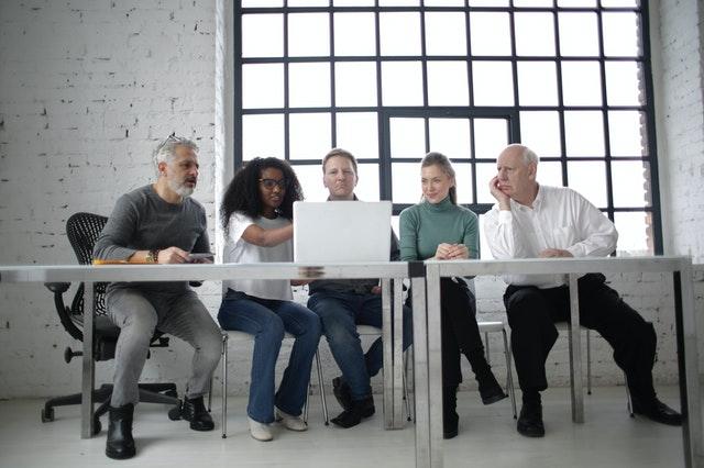 תשתיות תקשורת לעסקים